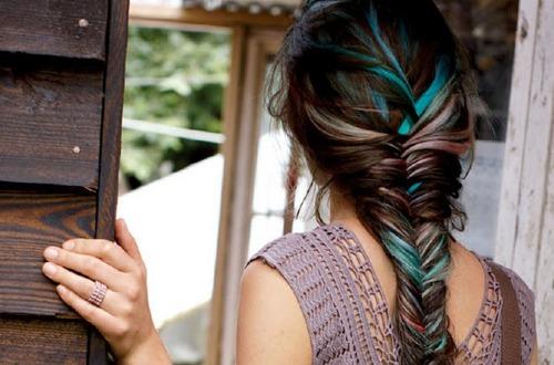 Диагональное мелирование волос